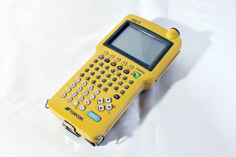 画像1: 《買取価格35,000円》 トプコン データコレクタ FC-7買取しました。 (1)