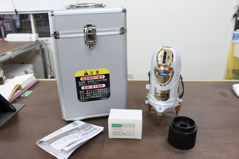 画像1: 日立 レーザー墨出し器 UG25MB 買取しました。 (1)