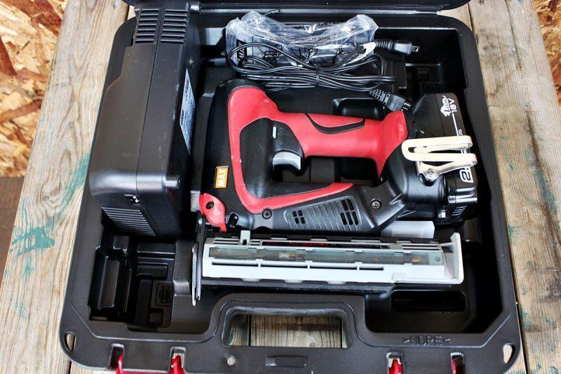 画像1: 美品 マックス 充電式フィニッシュネイラ TJ-35FN1-BC/25A 買取しました! (1)