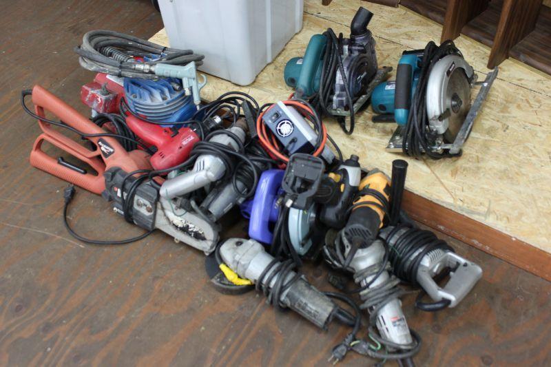 画像1: ジャンク品〜動作品まで電動工具多数買い取りさせていただきました。 (1)