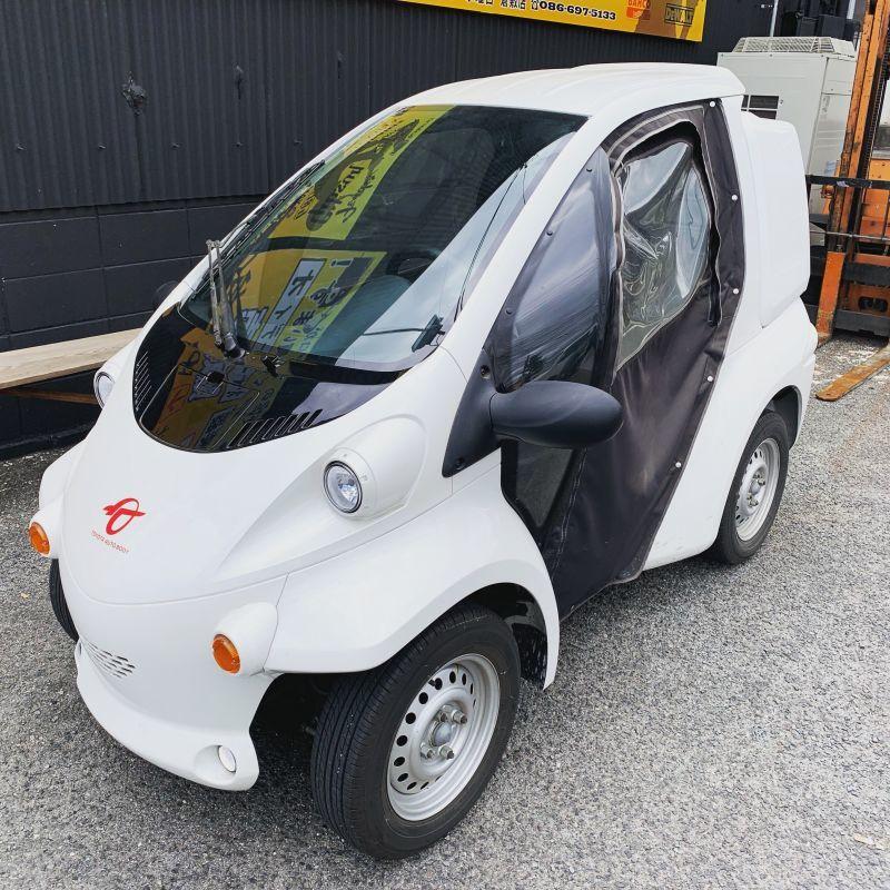 画像1: 地球にやさしいトヨタの超小型電気自動車 コムス 買い取りさせていただきました。 (1)