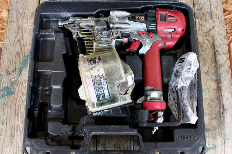 画像1: 中古 マックス 65mm高圧釘打機 HN-65N2(D) 買い取りさせていただきました。 (1)