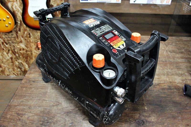 画像1: 中古 マックス 高圧専用コンプレッサー AK-HH1270E 買取させていただきました。 (1)
