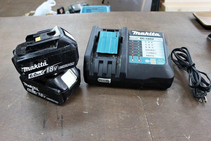 画像1: 本日の買取分!マキタ リチウムイオンバッテリー BL1860B 2個+急速充電器 DC18RF (1)