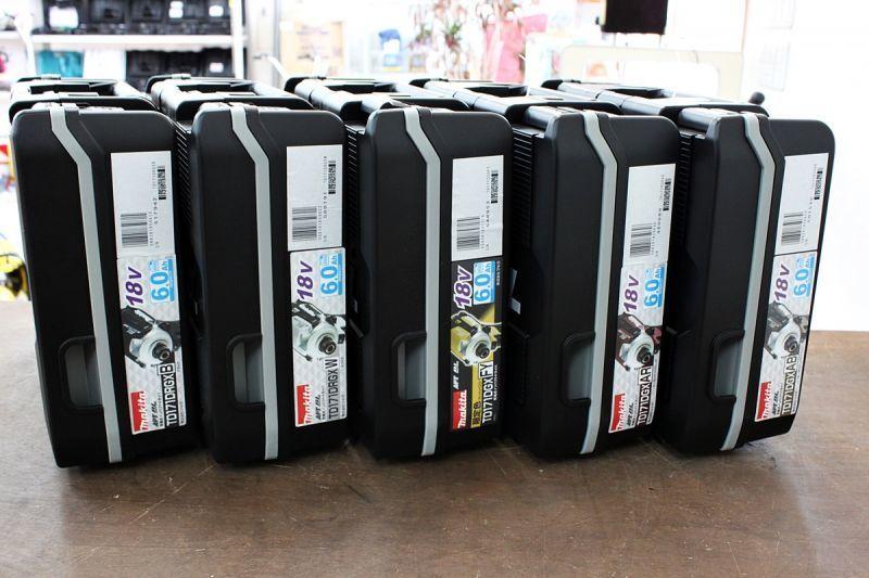 画像1: 新品 マキタ!インパクトドライバ TD171DRGX 5台買取させていただきました。 (1)