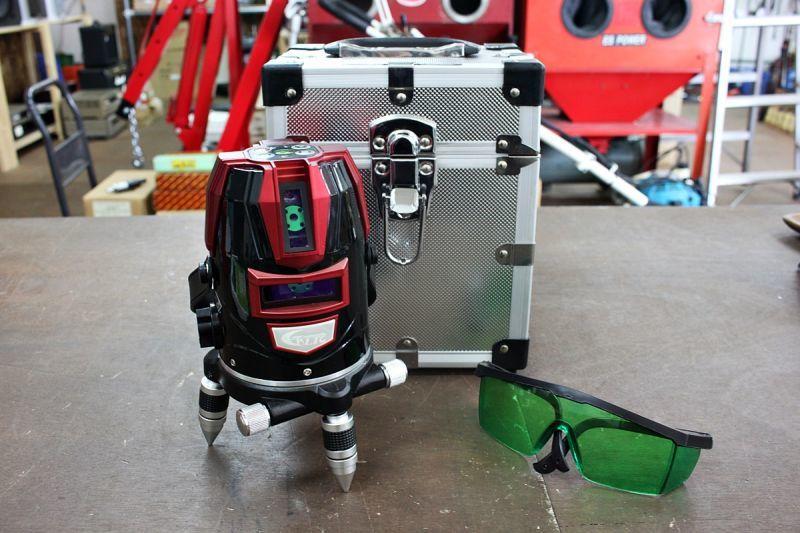 画像1: テクノ販売 グリーンレーザー墨出し器 LST-BG3 買取させていただきました。 (1)