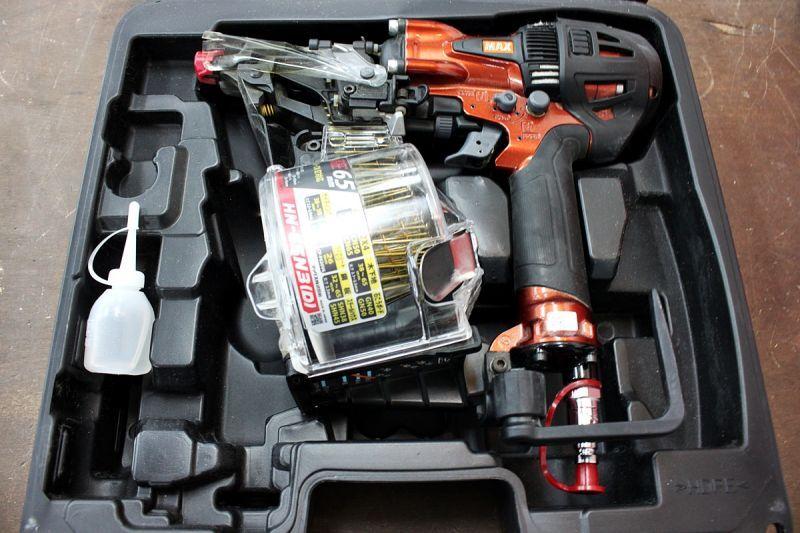 画像1: 工具買取 マックス 65mm高圧釘打機 HN-65N3(D)-R 高価買取させていただきました。ツールヤード岡山 (1)